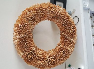 Pistachio Shell DIY Crafts Uses Wreath Christmas Decoration Wood